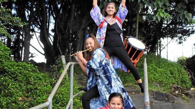Shiana and Talia Lewis with Alyssa Marshall will perform for Harmony Day at the Kingscliff Farmer Markets.