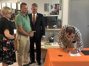 Move on Mayor tells 'redneck' opposition