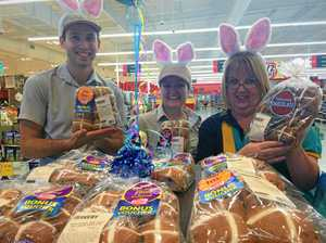 Springfield shoppers lust for hot cross buns