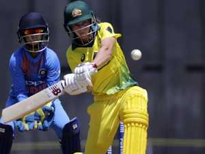 In-form Aussies start T20 series with a bang