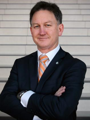 AMA President Dr Michael Gannon says doctors should tell patients why they are charging more than the AMA fee.