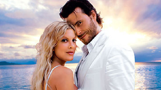 Tori Spelling and Dean McDermott, what a couple.