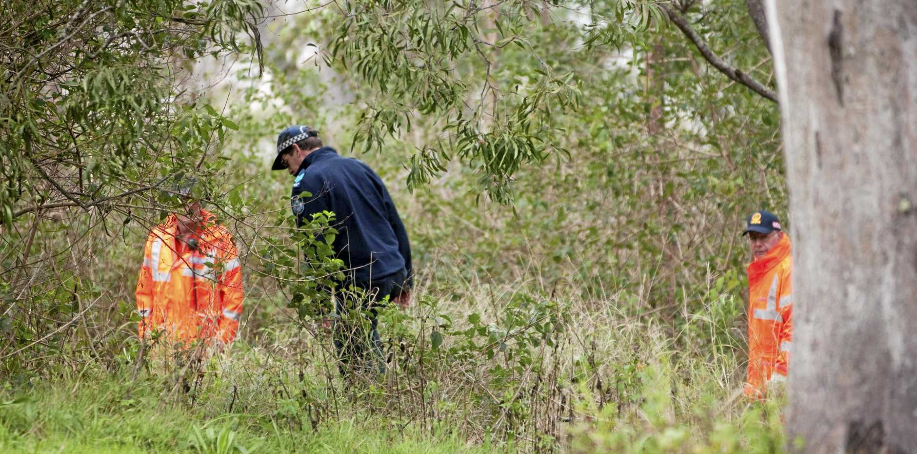 Police and State Emergency Service volunteers searched Picnic Point in Toowoomba for the body of Mrs Lynch.