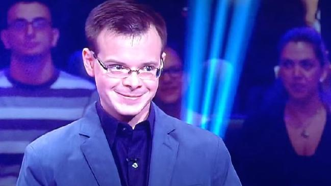 Smug quiz show contestant fails at first question. Picture: YouTube