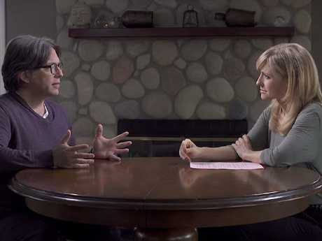 """Allison Mack """"interviews"""" cult leader Keith Raniere. Picture: Keith Raniere Conversations/Youtube"""