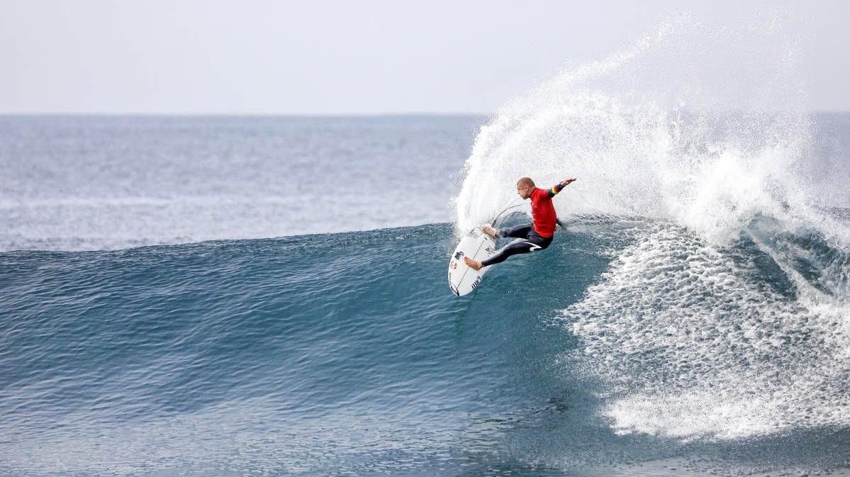 Mick Fanning will retire after this year's Bells Beach competition.