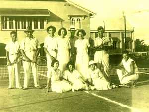 Name search in tennis photo mystery