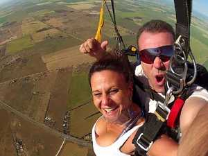 Skydiver's heroic dying act