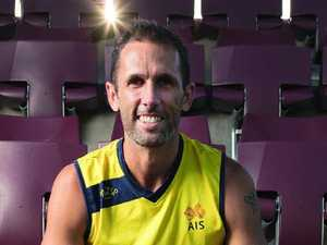 Mark Knowles to carry the Australian flag