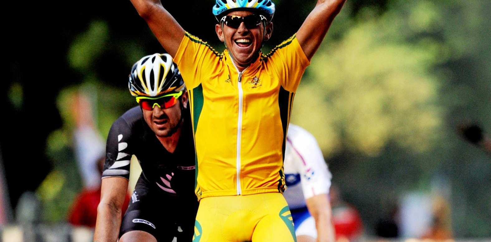 CHAMPION: Bundy's Allan Davis wins the Men's Road Race at the Commonwealth Games in 2010.