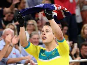 WORLD RECORD: Australia's clean sweep in team pursuit