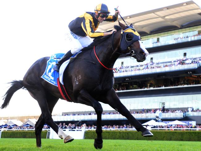 Trapeze Artist easily wins the feature sprint at Royal Randwick. Picture: AAP