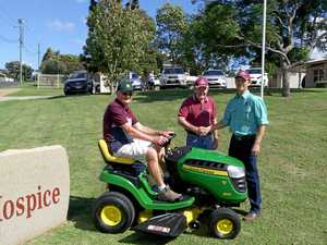 Vanderfield donates new 'wheels' for Toowoomba Hospice