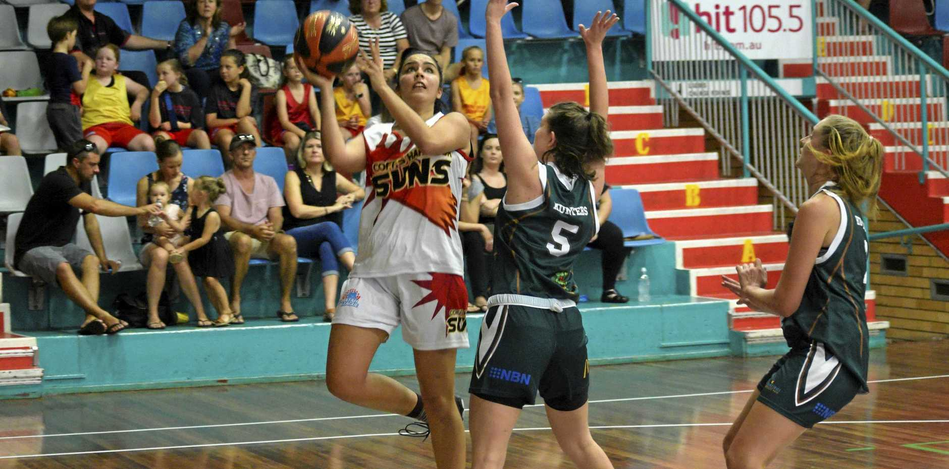 Laura Bamford shoots for the Coffs Harbour Suns in their Waratah League match against the Newcastle Hunters.