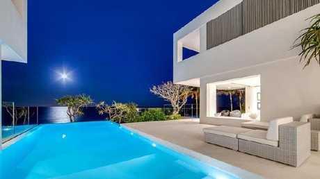 Pat Rafter's designer Sunshine Beach home followed Mediterranean minimalist style.