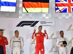 Vettel scores thrilling Bahrain win