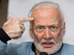 Aldrin says he 'saw UFO on way to moon'