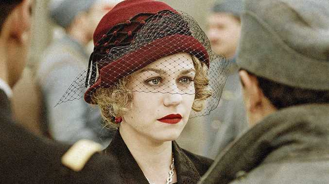 FRENCH FILMS: Émilie Dequenne in Au revoir là-haut (See You Up There).