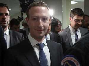 Zuckerberg gives testimony