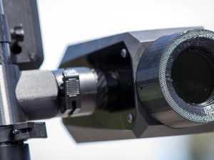 Hi-tech cameras to catch drivers using their mobiles