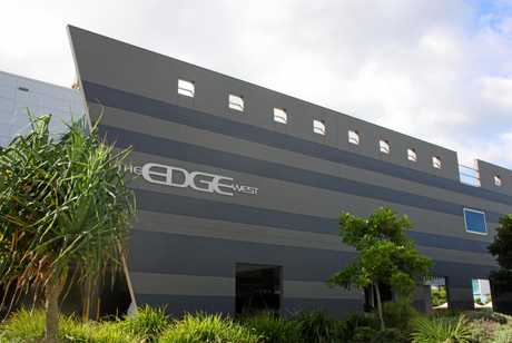 The Edge, Birtinya.