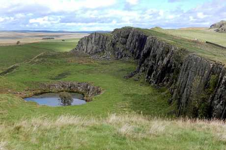 Hadrian's Wall facing east towards Crag Lough.