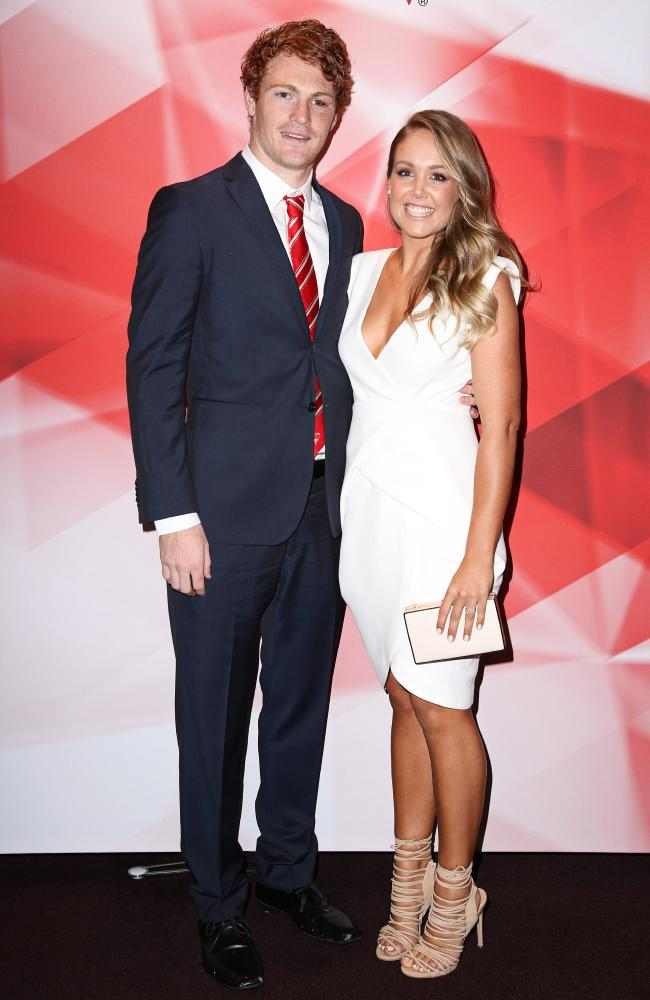Gary Rohan and Amie Rohan walk down the red carpet. Picture: Adam Yip