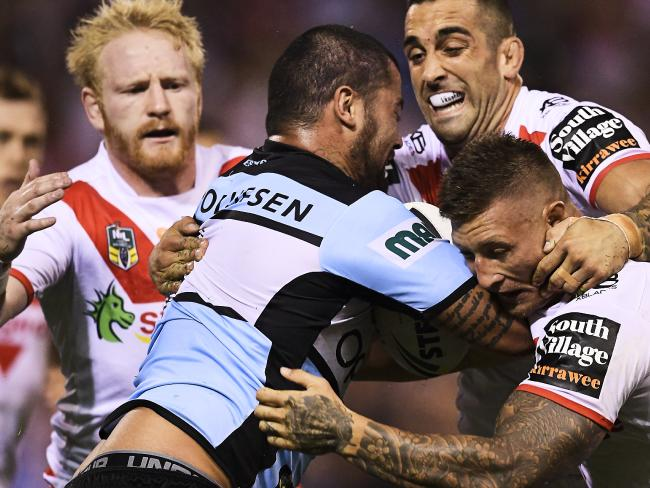 Andrew Fifita left the field injured.