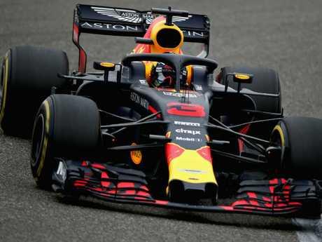 Daniel Ricciardo starts from 6th