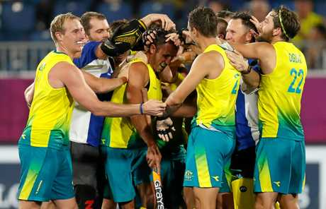 Mark Knowles celebrates with team mates after winning the Mens Hockey gold medal match against New Zealand at the Gold Coast 2018 Commonwealth Games on April 14, 2018. (Photo by Michael Willson)