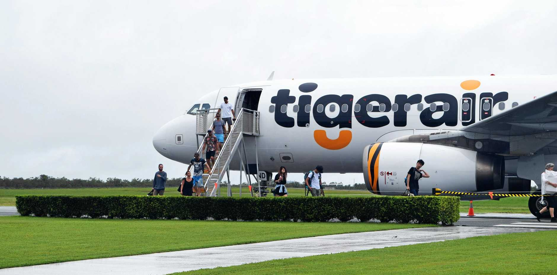 Tiger Air is having a 40% off sale at noon today.