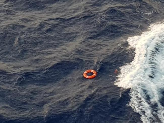 A life ring was thrown into the water. Picture: Twitter/Jonathan Trevithick