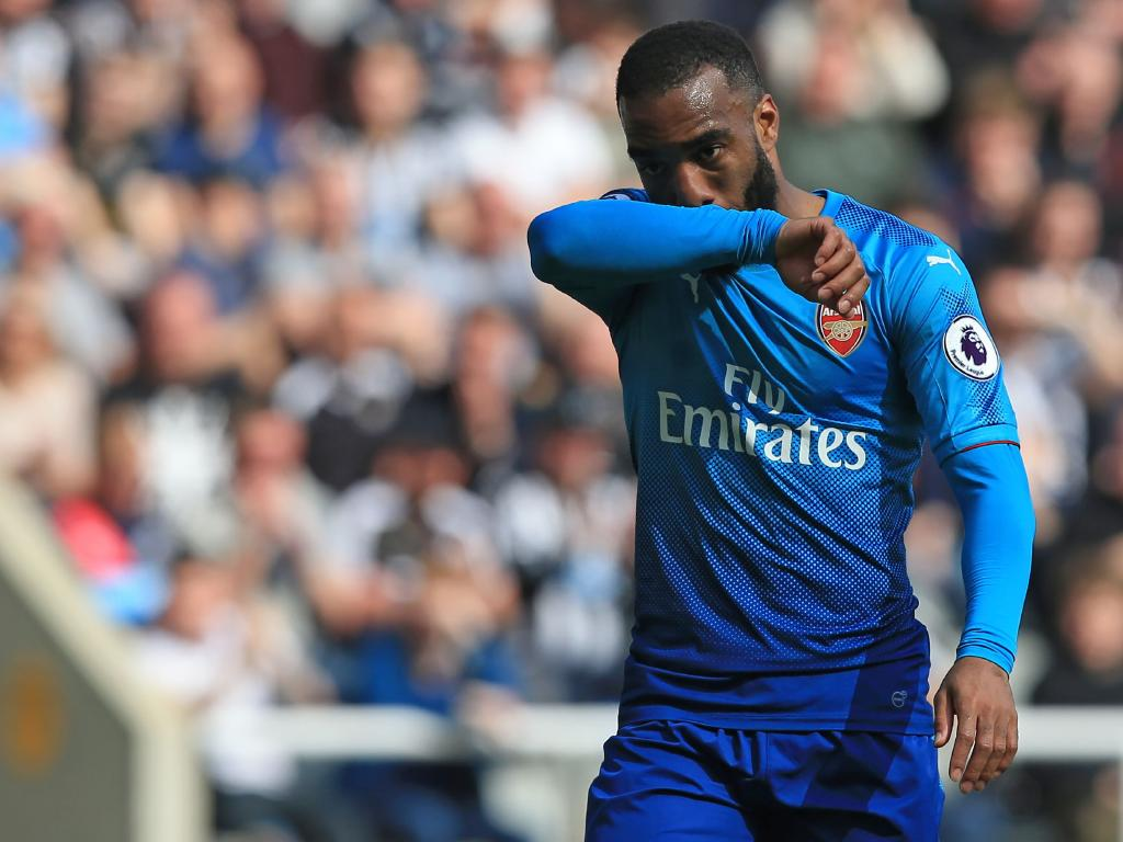 Arsenal's French striker Alexandre Lacazette reacts