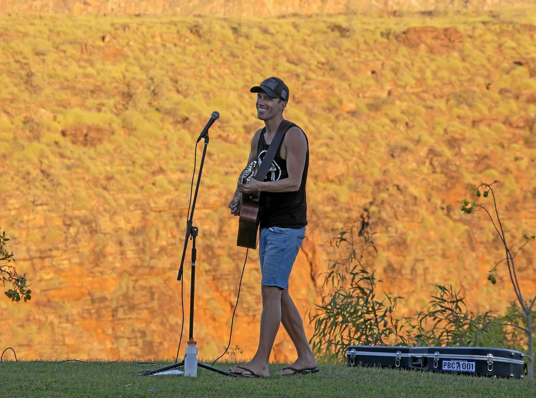 Hervey Bay singer-songwriter Steve Case is set to leave for a four month residency gig at the Kimberley.