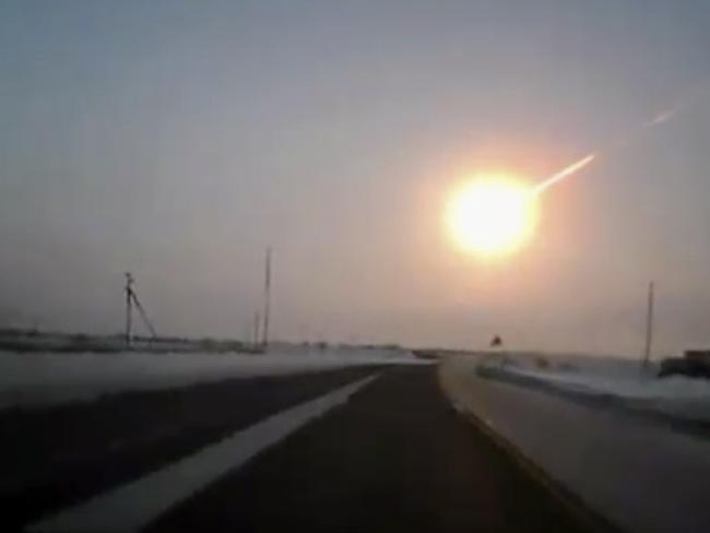 The Chelyabinsk meteorite, causing sharp explosions and injurig many. Picture: AP