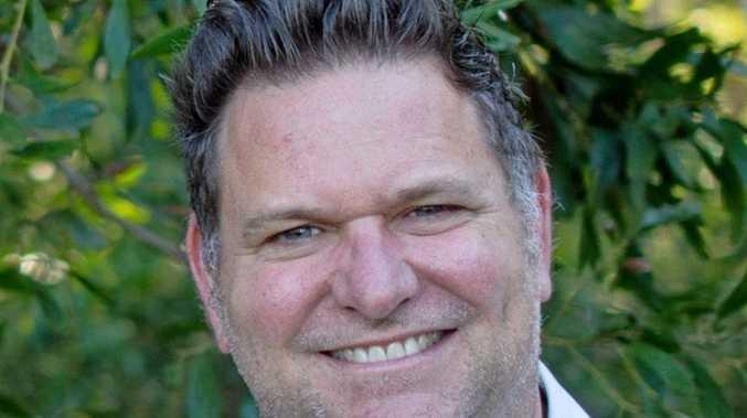MAYOR: Councillor Simon Richardson.