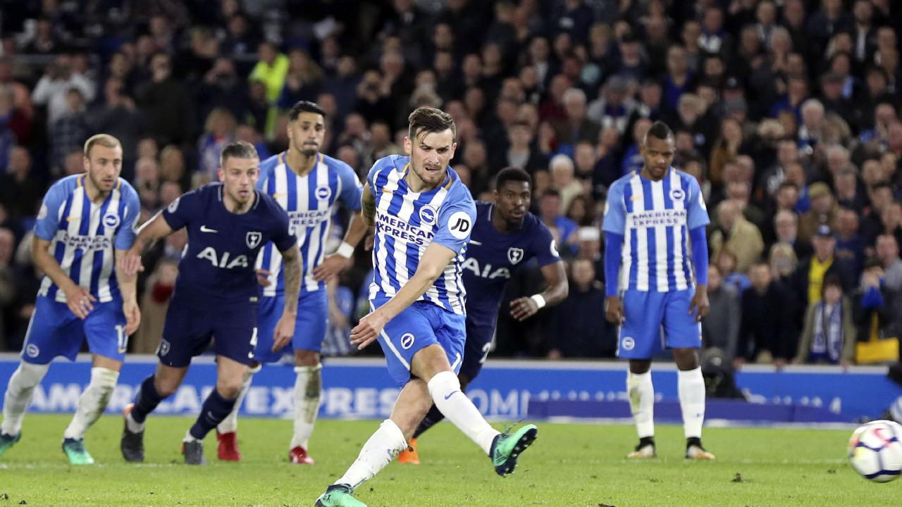 Brighton's Pascal Gross net the equaliser.