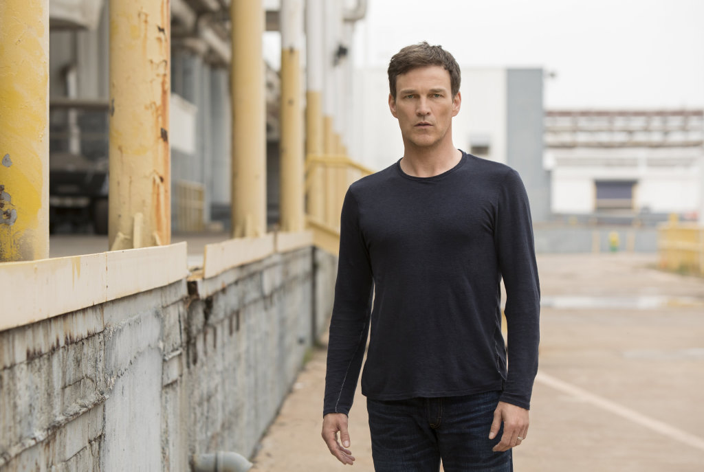Stephen Moyer stars as Reed Strucker in the TV series The Gifted.