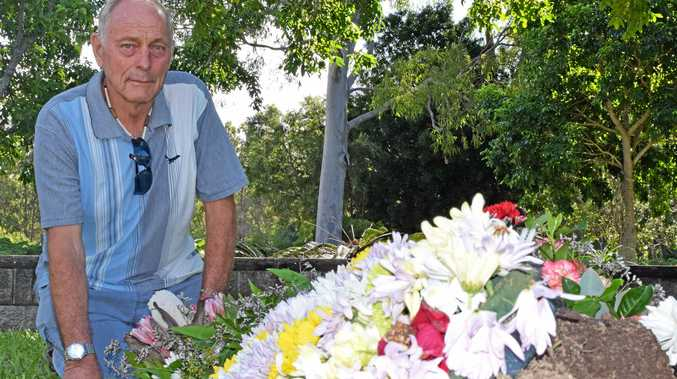 Roses stolen from grave hours after funeral