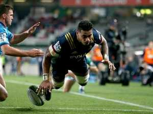 Frizell sinks Blues with hat-trick for Highlanders