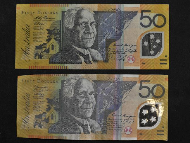One of these notes is the real deal, the other is 100 per cent fake. Scroll to bottom of article to see if you guessed right.