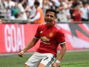 Sanchez fires Utd into FA Cup final as Spurs 'throw it away'