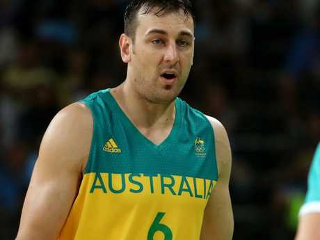 Andrew Bogut is going to have more time for the Boomers.