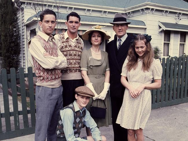 Cast of TV show 'The Sullivans'. From right: Susan Hannaford, Paul Cronin, Lorraine Bayly, Andrew McFarlane, Steven Tandy and Richard Morgan (kneeling front).