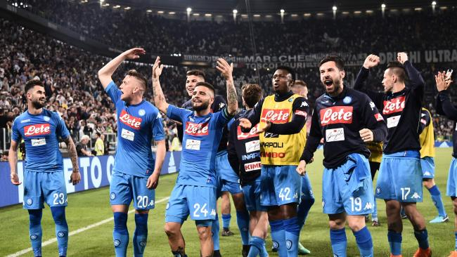 Napoli's teamplayers celebrate after winning the end of the Italian Serie A football match between Juventus and Napoli