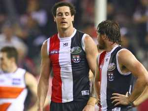 'Embarrassing': AFL players slammed for 'putrid' kicking