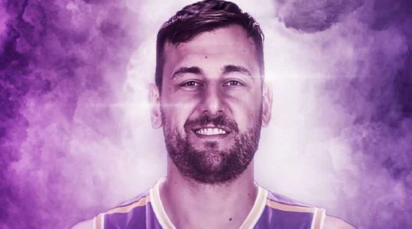 Andrew Bogut will be officially unveiled by the Sydney Kings on Tuesday.