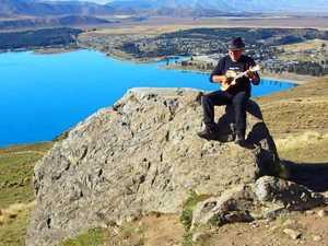 Kiwi uke legend to stop in at the Whitsundays