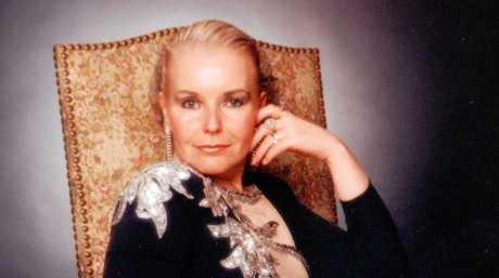 Entertainer, Maggie Britton.