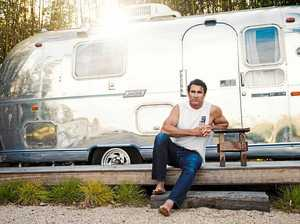Get intimate with Pete Murray on latest acoustic tour